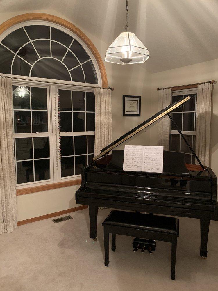 Michigan Piano Moving: 2142 Chase Lake Rd, Howell, MI