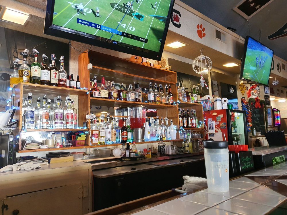 Inlet Sports Bar and Grill: 4396 US-17 Bus, Murrells Inlet, SC