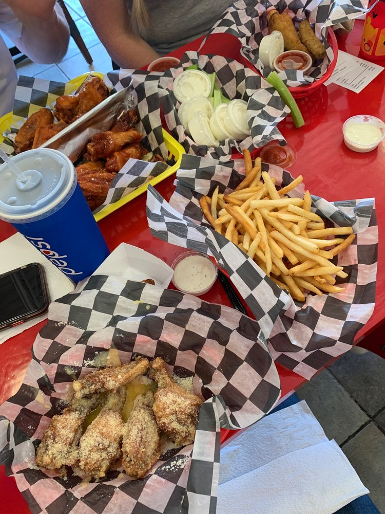 Food from Chex Grill & Wings