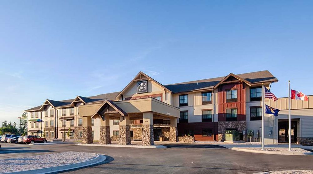 Red Lion Inn & Suites Polson: 209 Ridgewater Dr., Polson, MT