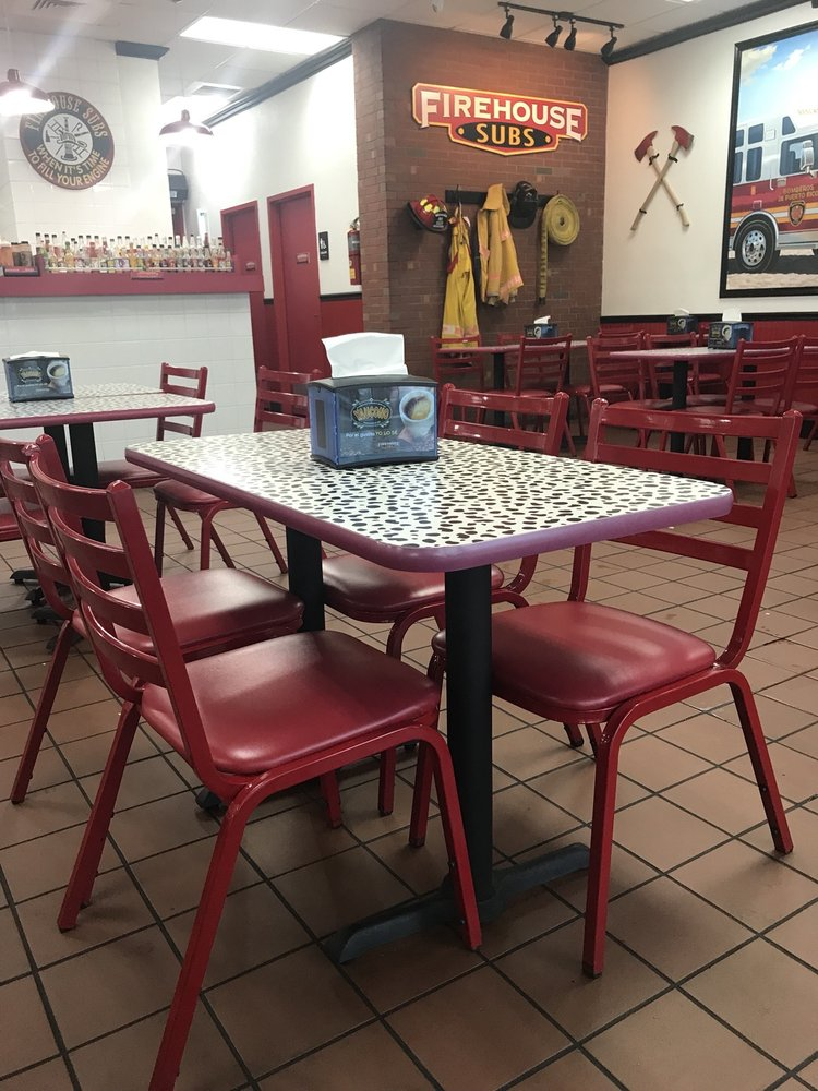 Firehouse Subs: Carr 2 Int 107, Aguadilla, PR