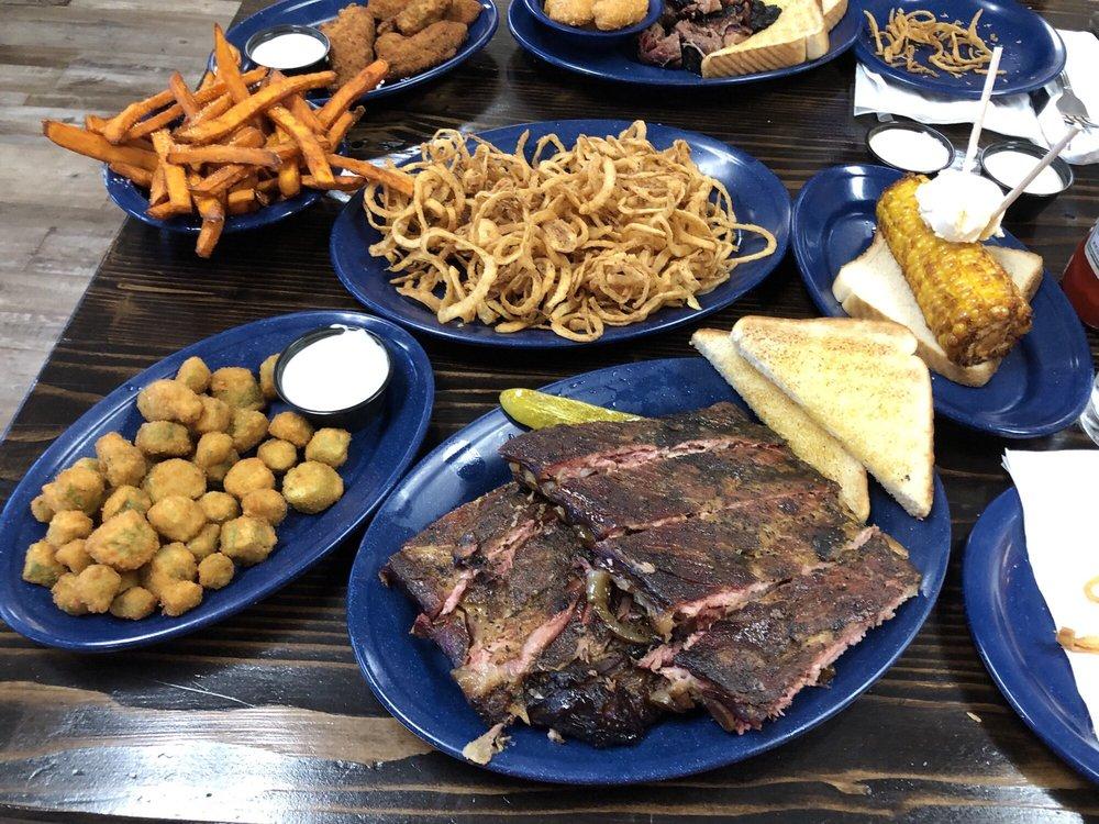 Branding Iron BBQ: 2027 N Commercial St, Harrisonville, MO
