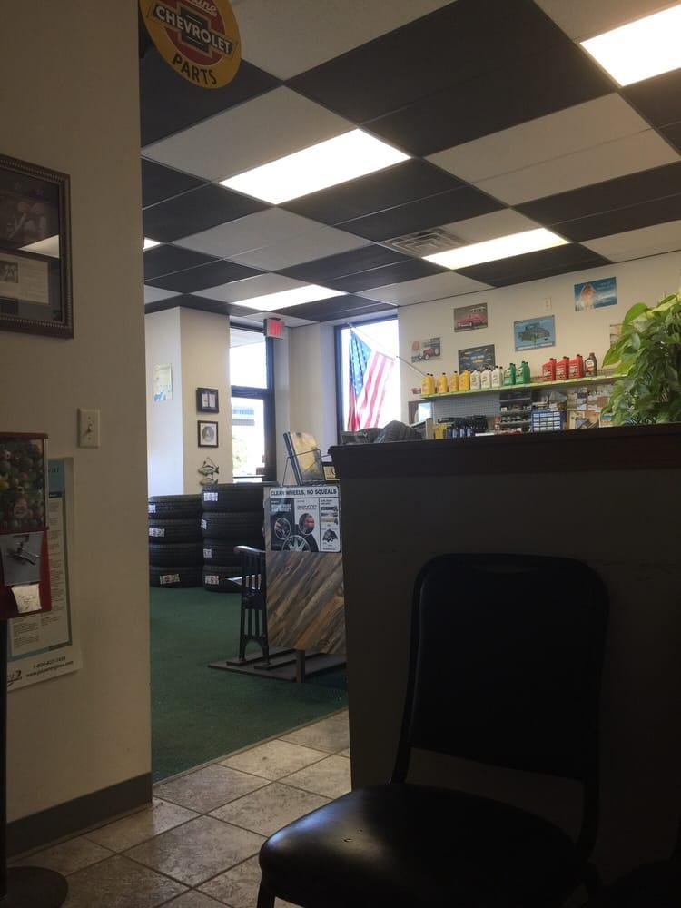 Doug's Auto Service Center: 349 N Main St, Haysville, KS