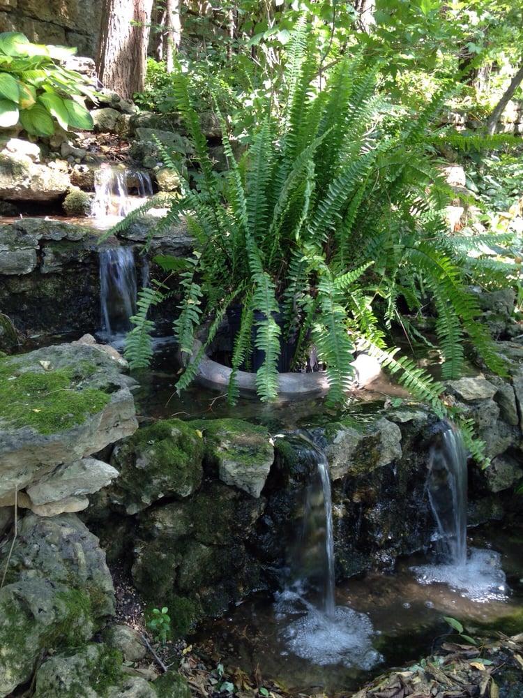 Linmar Gardens: 504 S Prospect St, Galena, IL