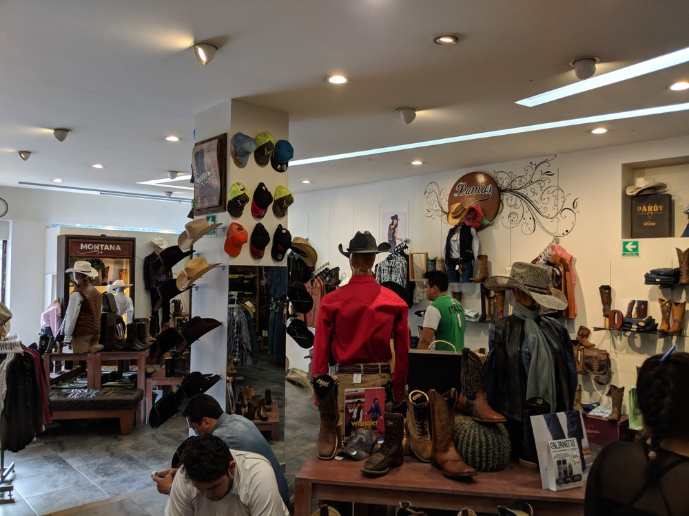 b01fffbdaf Botas Pakoy - Shoe Stores - Belisario Domínguez 3 Locs. 5