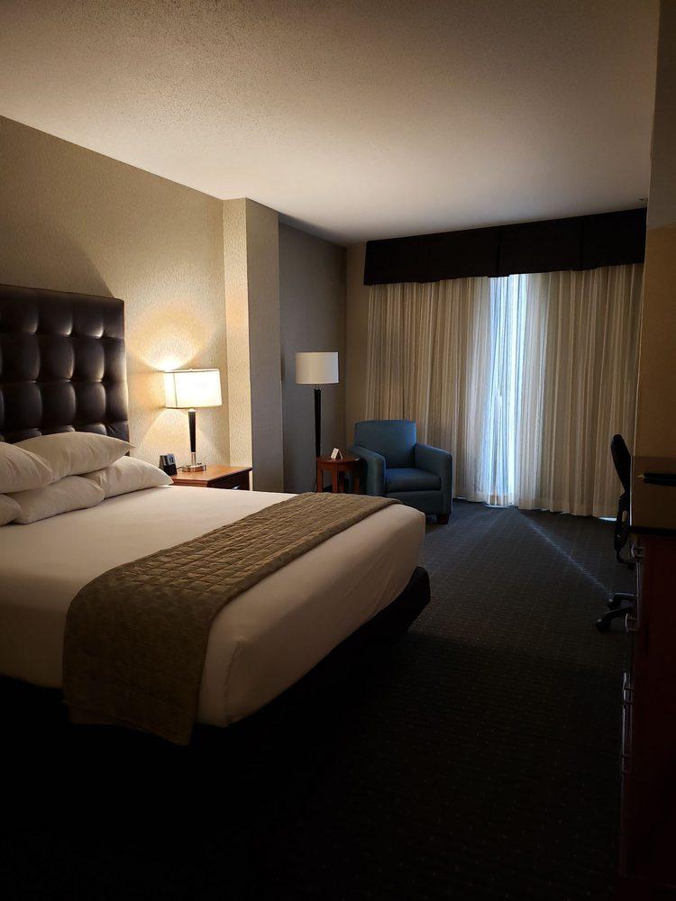 Drury Inn & Suites Phoenix Chandler Fashion Center - Chandler