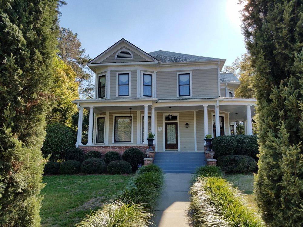 Thomasville Bed and Breakfast: 429 North Crawford St, Thomasville, GA