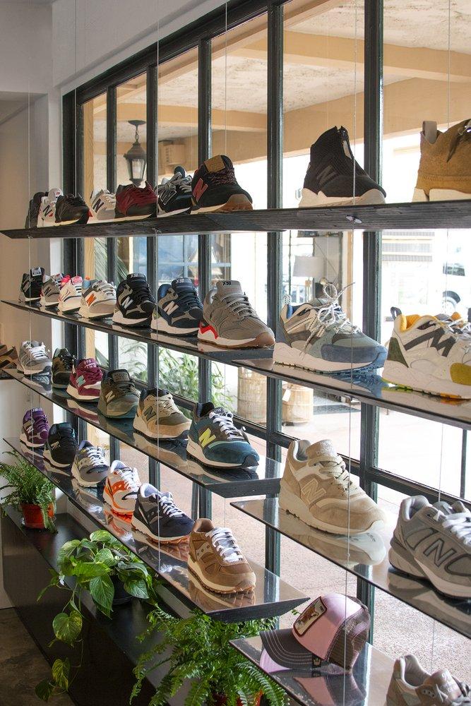 Bonibi Store: 32123 Lindero Canyon Rd, Westlake Village, CA