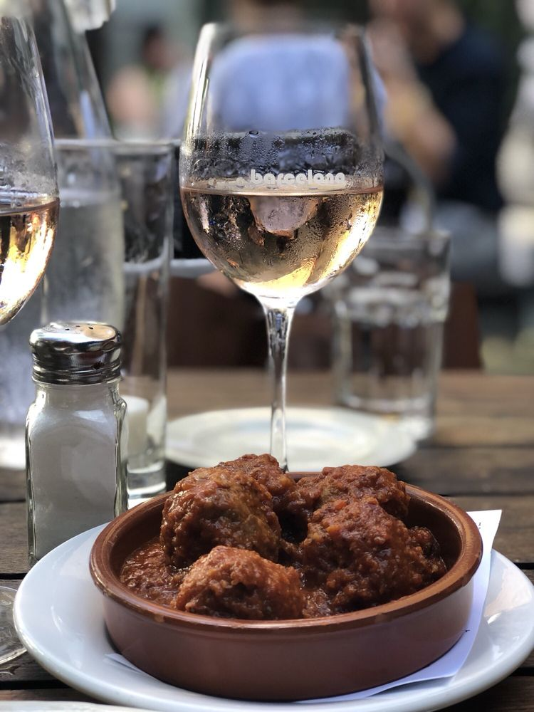 Barcelona Wine Bar: 1622 14th St NW, Washington, DC, DC