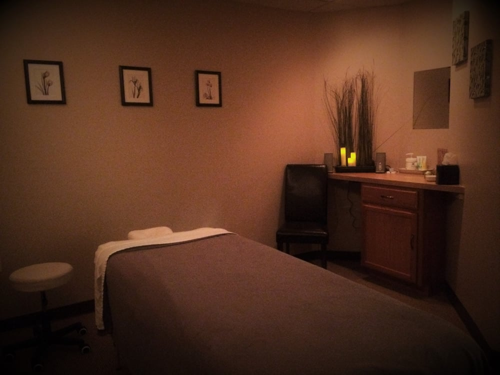 Westwinds Massage Therapy: 213 N Leavitt Rd, Amherst, OH