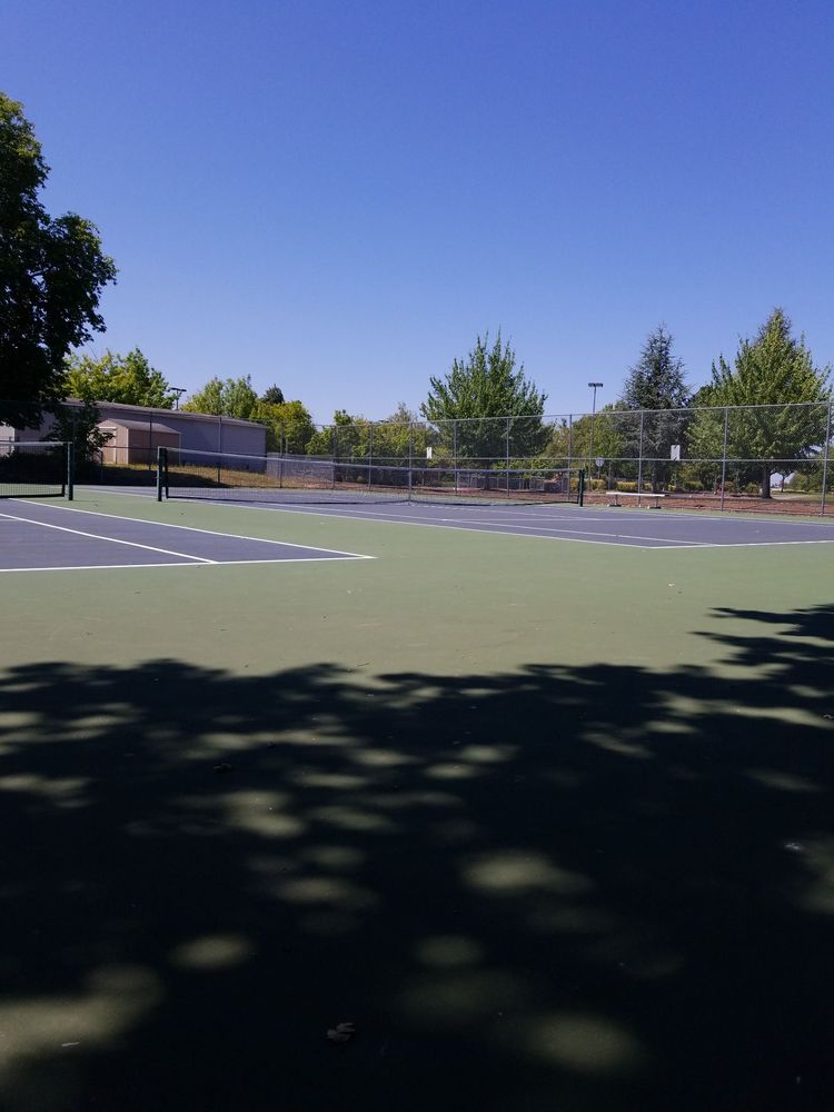 Sunset High School: 13840 NW Cornell Rd, Portland, OR