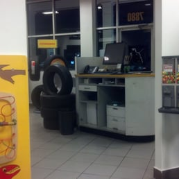 Merchants Tire Near Me >> Merchant's Tire & Auto Centers - 13 Reviews - Tyres - 7880 ...