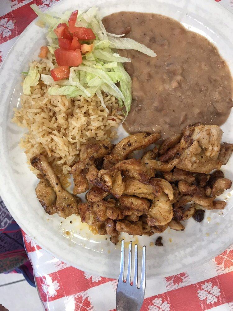 La Feria Cafe: 115 W Commercial Ave, La Feria, TX