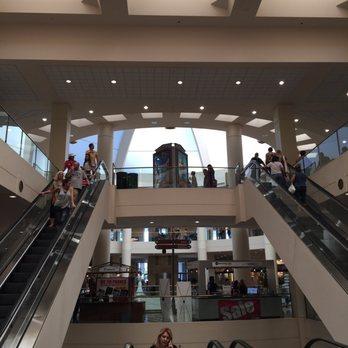 burbank town center 252 photos 161 reviews shopping centers 201 e magnolia burbank. Black Bedroom Furniture Sets. Home Design Ideas