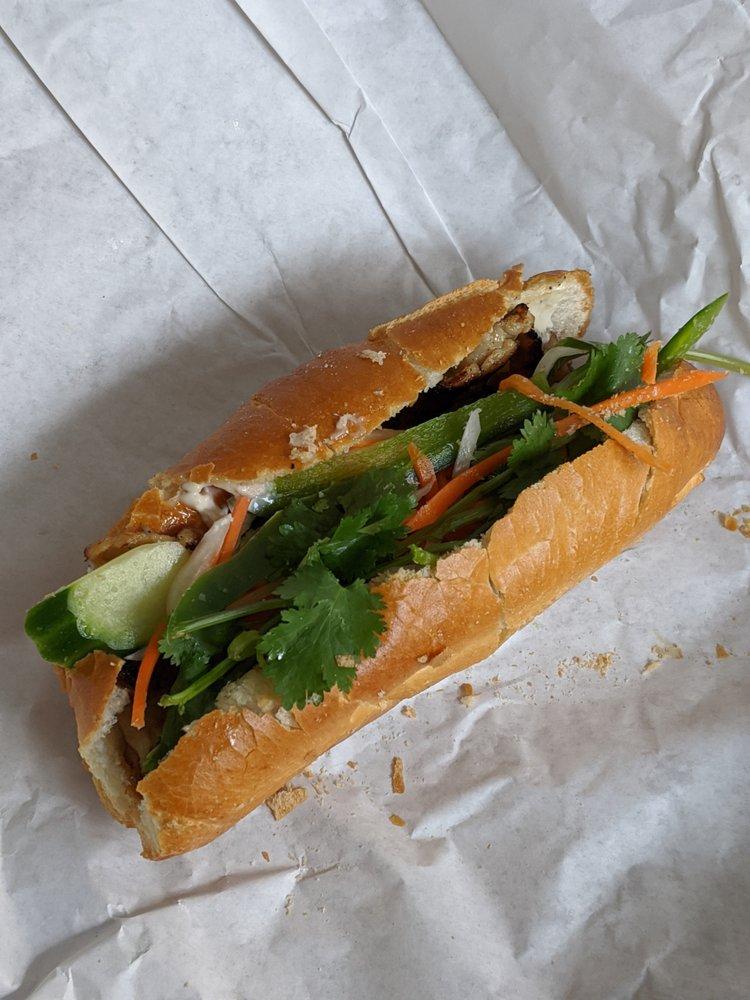 Mint Vietnamese Sandwiches & Deli: 1279 San Pablo Ave, Pinole, CA