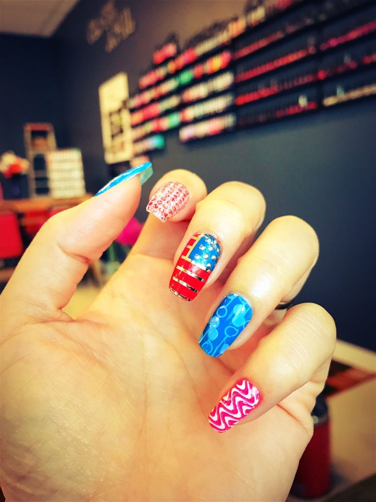 Glass Nails & Spa: 1680 N College Ave, Fayetteville, AR
