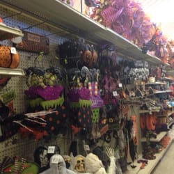 photo of of metairie metairie la united states halloween decorations