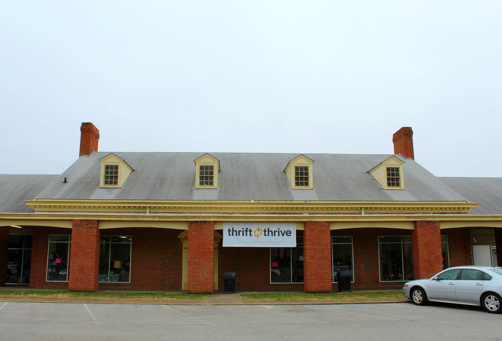 Thrift 'n' Thrive: 2817 Del Rio Pl, Louisville, KY