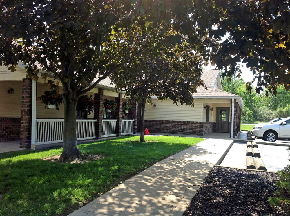 South Mill Veterinary Clinic: 8105 South Ave, Boardman, OH