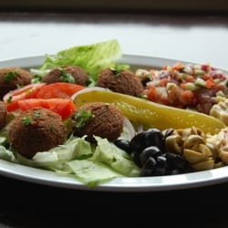 Photo Of Sultana Middle Eastern Restaurant Orlando Fl United States Falafel Salad