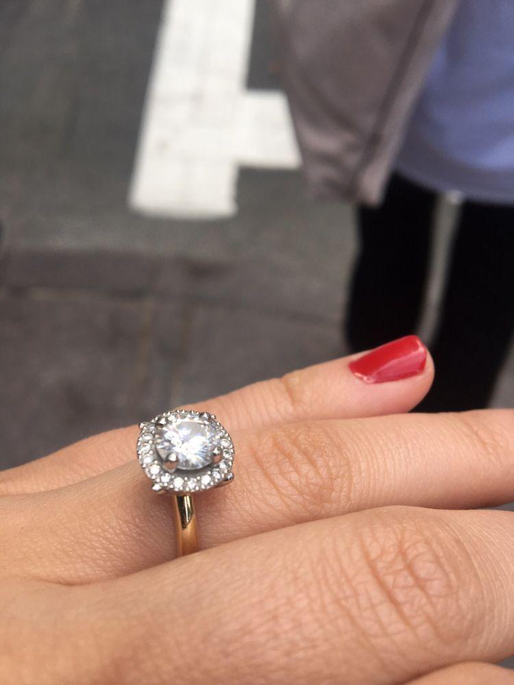 Drue Sanders Custom Jewelers: 1675 Western Ave, Albany, NY