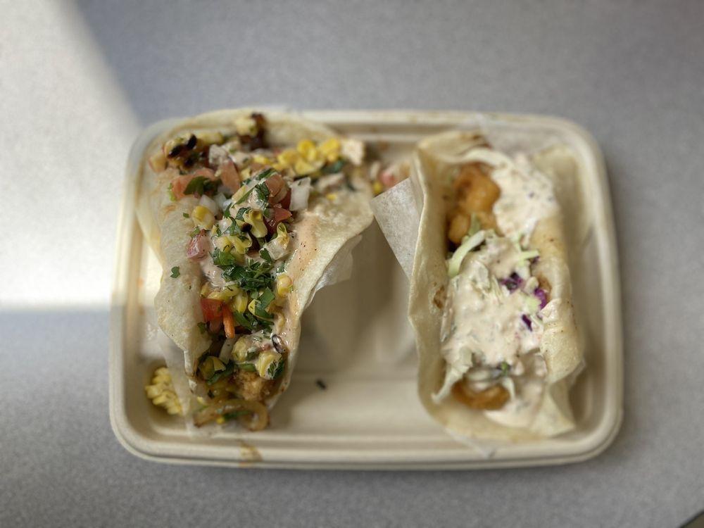 HIYA Taco: 4144 N Oakland Ave, Shorewood, WI