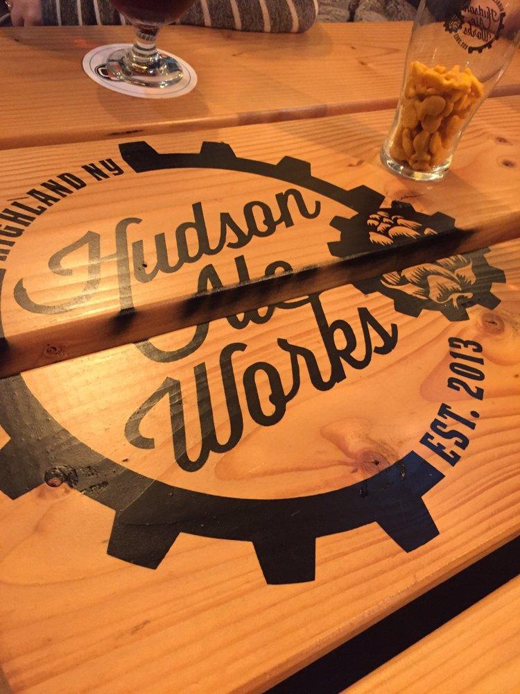 Hudson Ale Works: 17 Milton Ave, Highland, NY