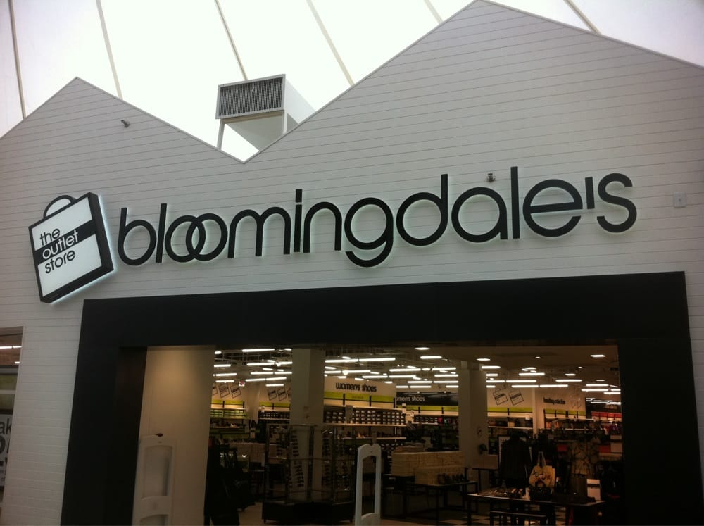 Find a Bloomingdale's Near Me. Bloomingdale's is America's only nationwide, full-line, upscale department store. With an enduring international reputation for quality, creativity and uniqueness, Bloomingdale's is at the forefront of retailing worldwide.