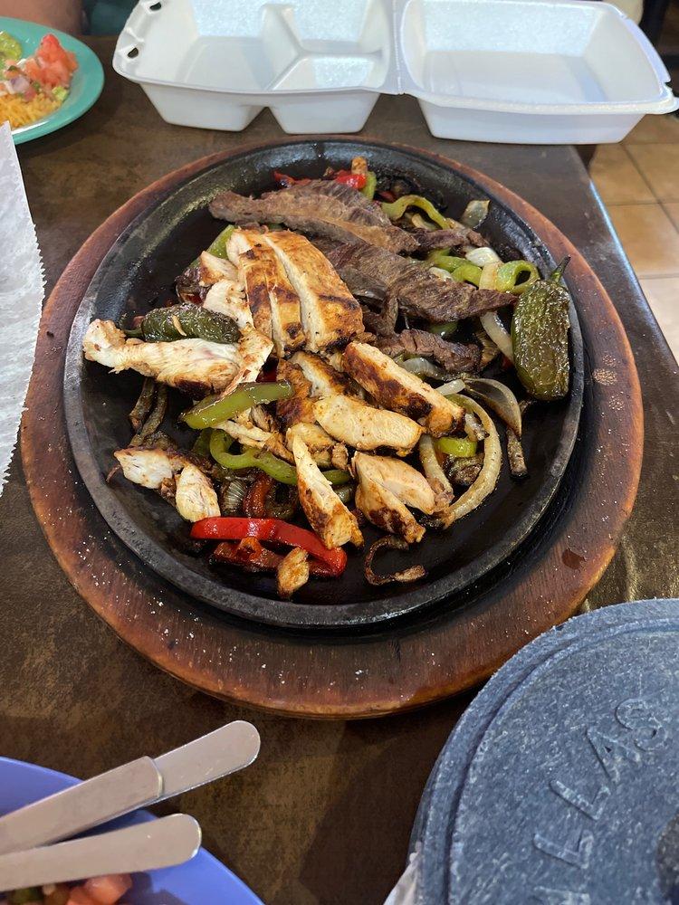 Guadalajara Grill: 1243 N Velasco St, Angleton, TX