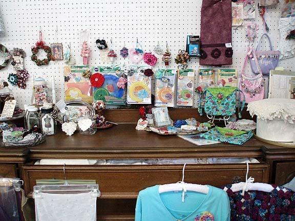 Yards of Fabric: 116 E Ash St, Mason, MI