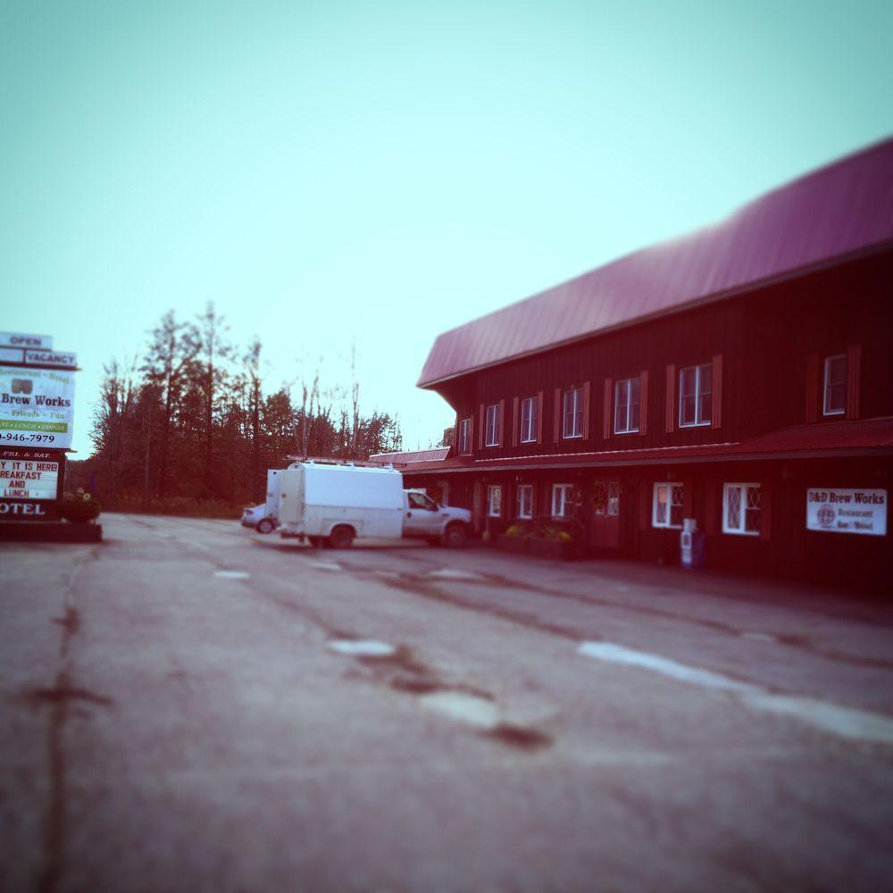 D&D Brew Works - Hotel: 4741 US Hwy 220, Muncy Valley, PA