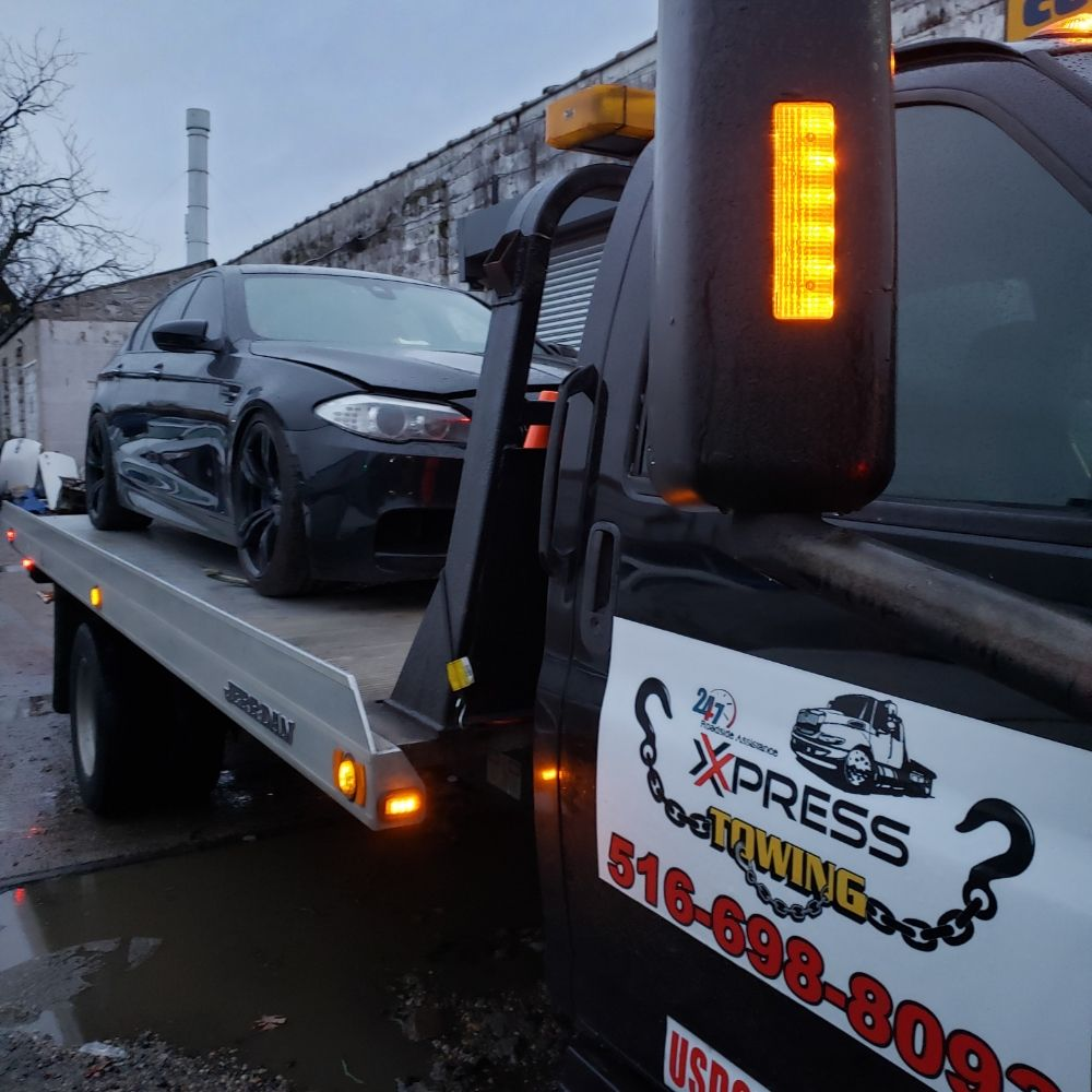 Towing business in Oceanside, NY
