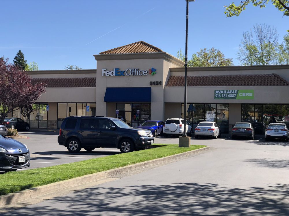 FedEx Office Print & Ship Center: 5454 Sunrise Blvd, Citrus Heights, CA
