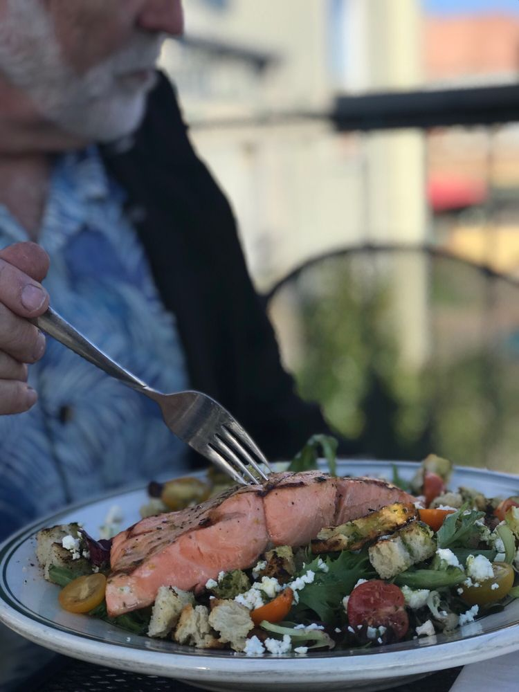 Quench Waterfront Kitchen & Bar: 1019 Water St, Port Townsend, WA
