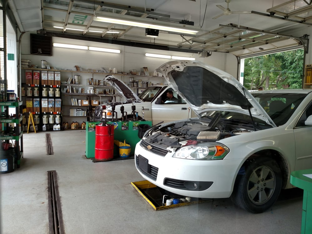 Performance Plus Quick Oil Change: 430 W State St, Hastings, MI