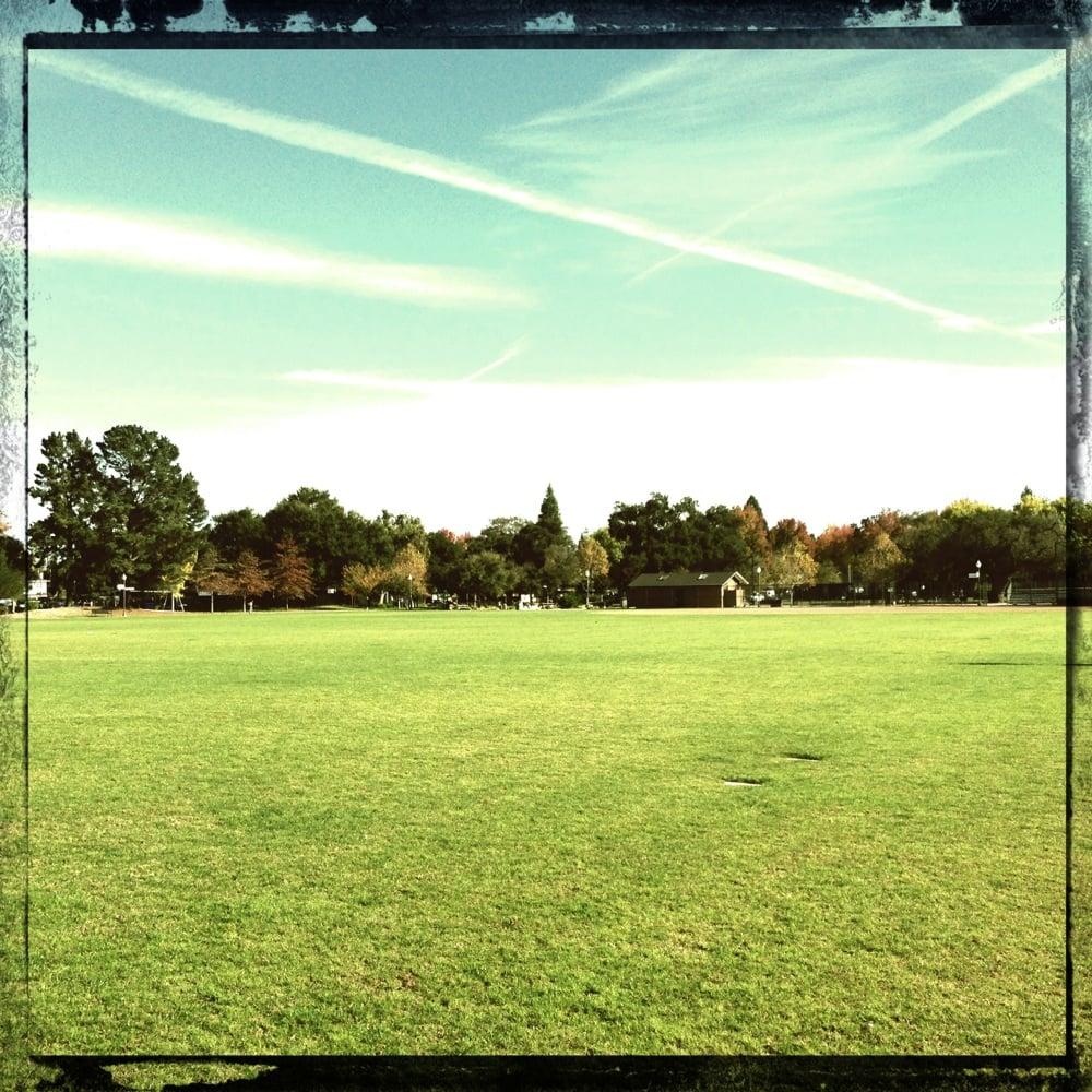 Burgess Park 14 Photos 14 Reviews Parks 701 Laurel