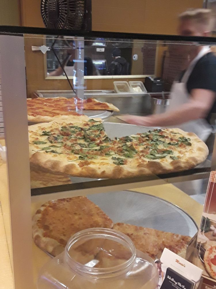 Mario's Cafe & Pizzeria: 622 Gravel Pike, East Greenville, PA