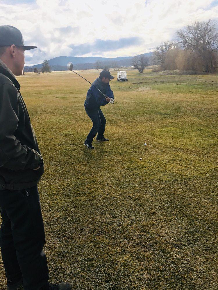 Photo of Shasta Valley Golf Club: Montague, CA