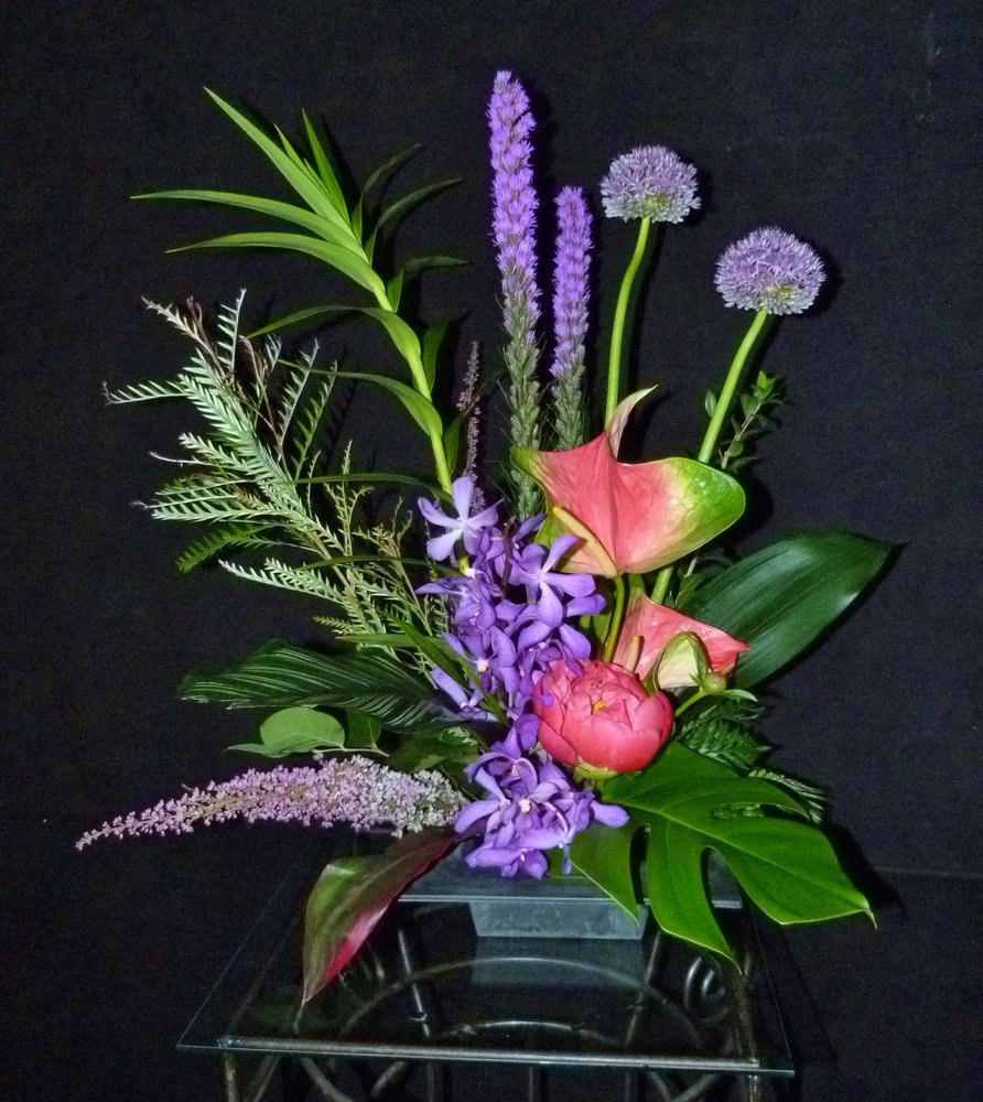 Floral Expressions: 320 E Milwaukee St, Janesville, WI