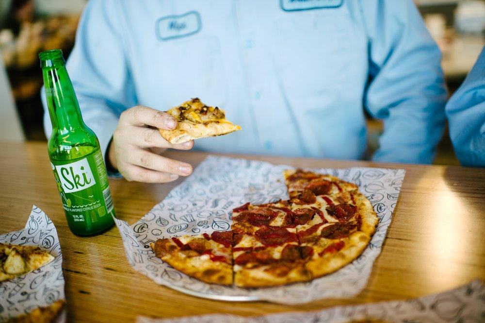 Azzip Pizza: 105 Farabee Dr S, Lafayette, IN