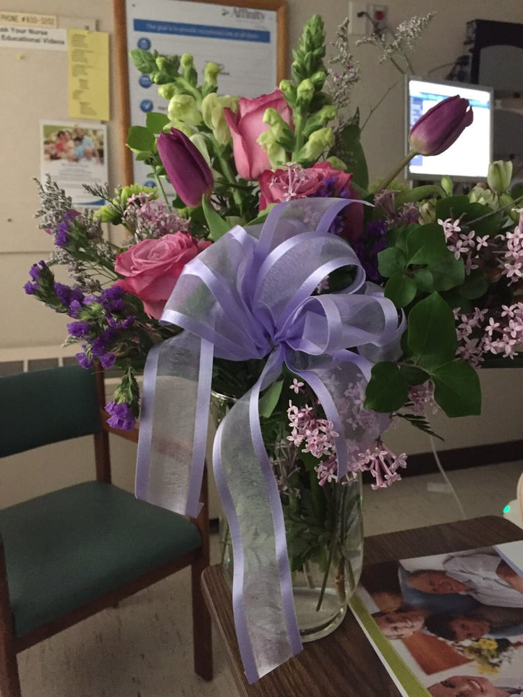 Easterday's Flower & Gift Shop: 5720 Hills And Dales Rd NW, Canton, OH