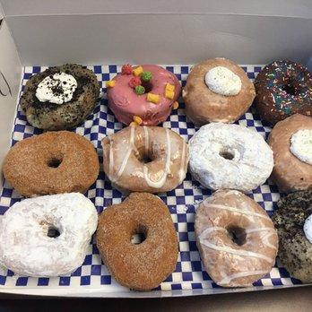 DG Doughnuts - 57 Photos & 29 Reviews - Donuts - 16131 W ... - photo#6
