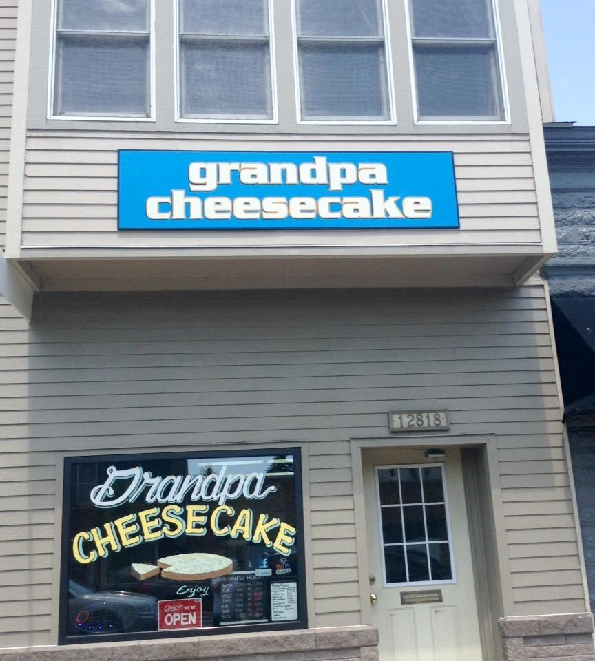 Grandpa Cheesecake: 12710 Lake Blvd, Lindstrom, MN