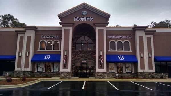 Bopie s diamonds fine jewelry jewellery 4914 yadkin for Jewelry stores in fayetteville nc