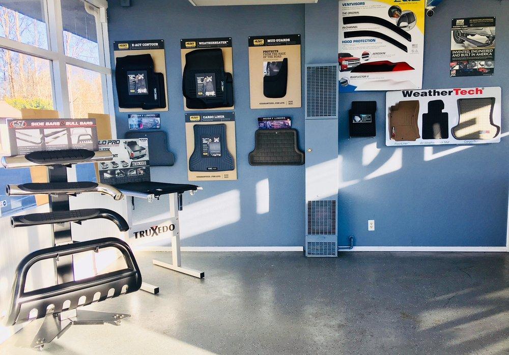 Carz Shine Auto Spa & Accessories: 7918 NE 13th St, Vancouver, WA