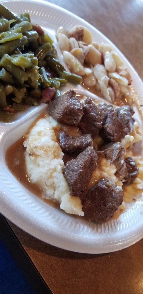 Bobby's Homestyle Cooking: 2750 Nederland Ave, Nederland, TX