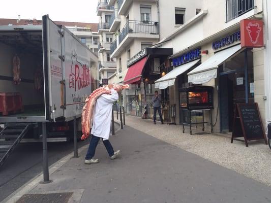 Boucherie pinatel boucheries 42 rue michel servet for Garage rue des bienvenus villeurbanne
