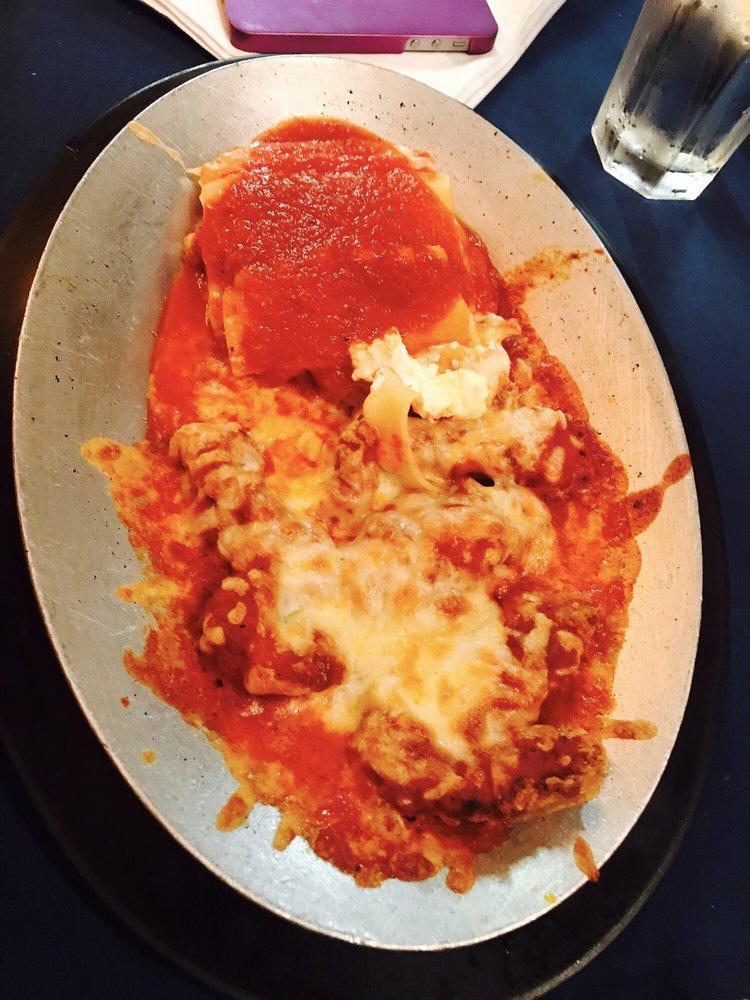 Milano's Italian Restaurant: 2900 W Pike Blvd, Weslaco, TX