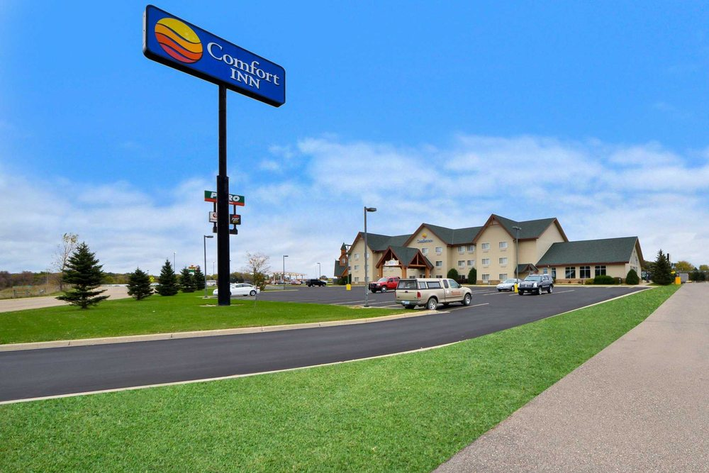 Comfort Inn: 810 Happy Trails Ln, Albert Lea, MN