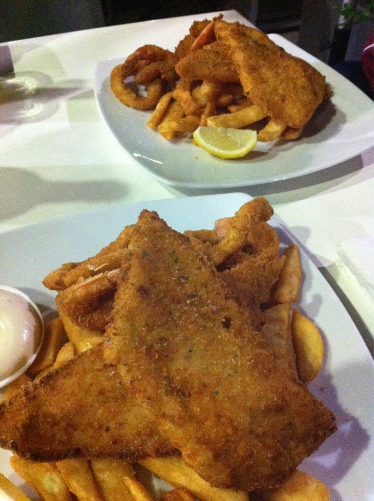 Carraway pier 11 reviews fish chips 17 carraway st for Best place for fish and chips near me